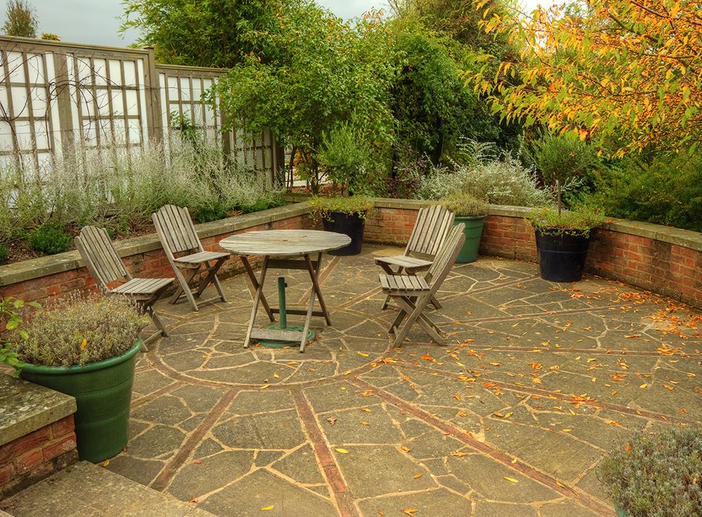 Relaxation area in low maintenance garden