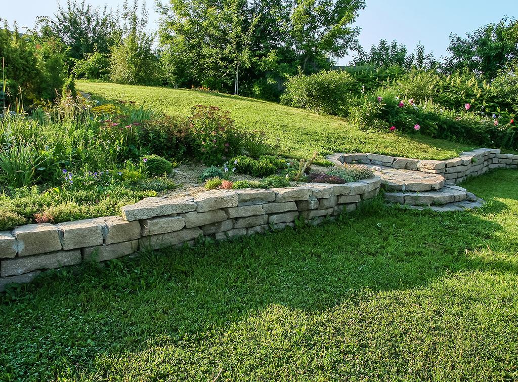 Steps in a sloped garden