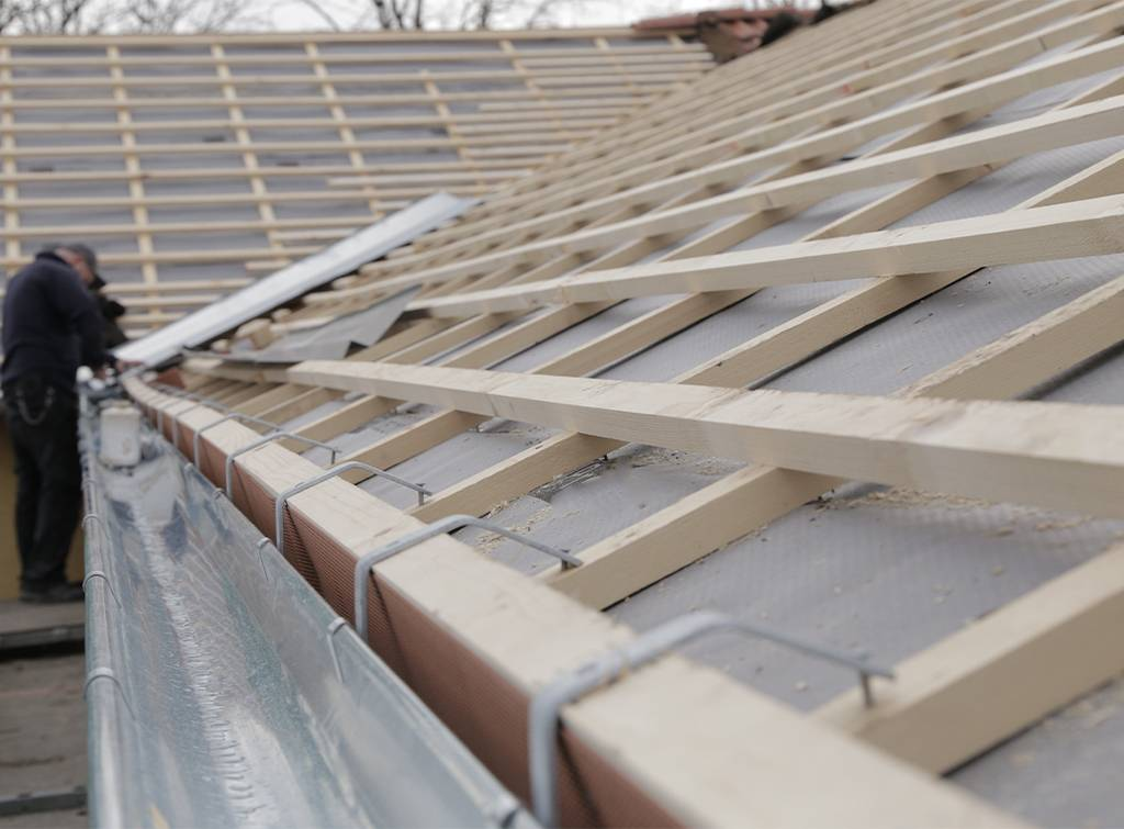 Roof installation prices