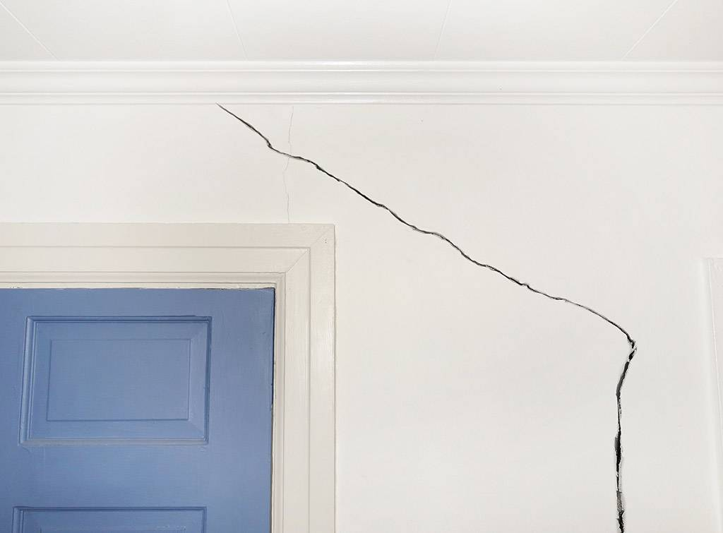 Cost of repairing subsidence damage on wall