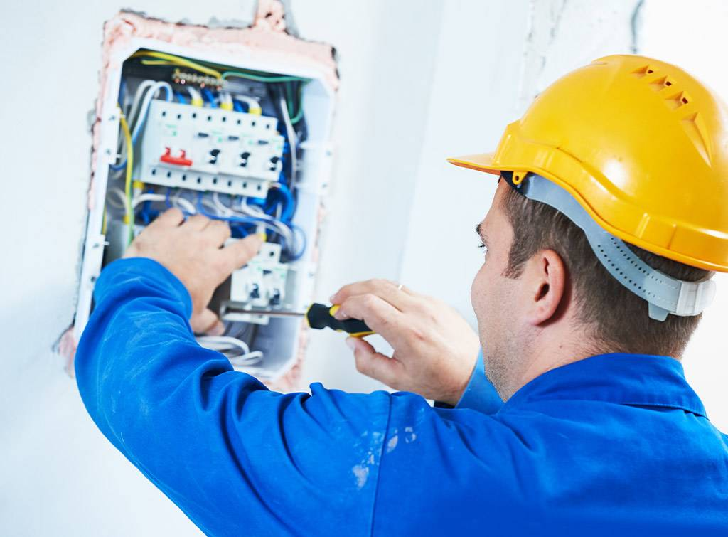 Cost of replacing fuse box with circuit breaker