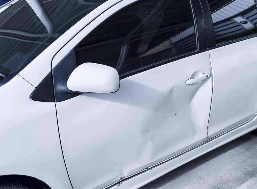 dent car door repair cost