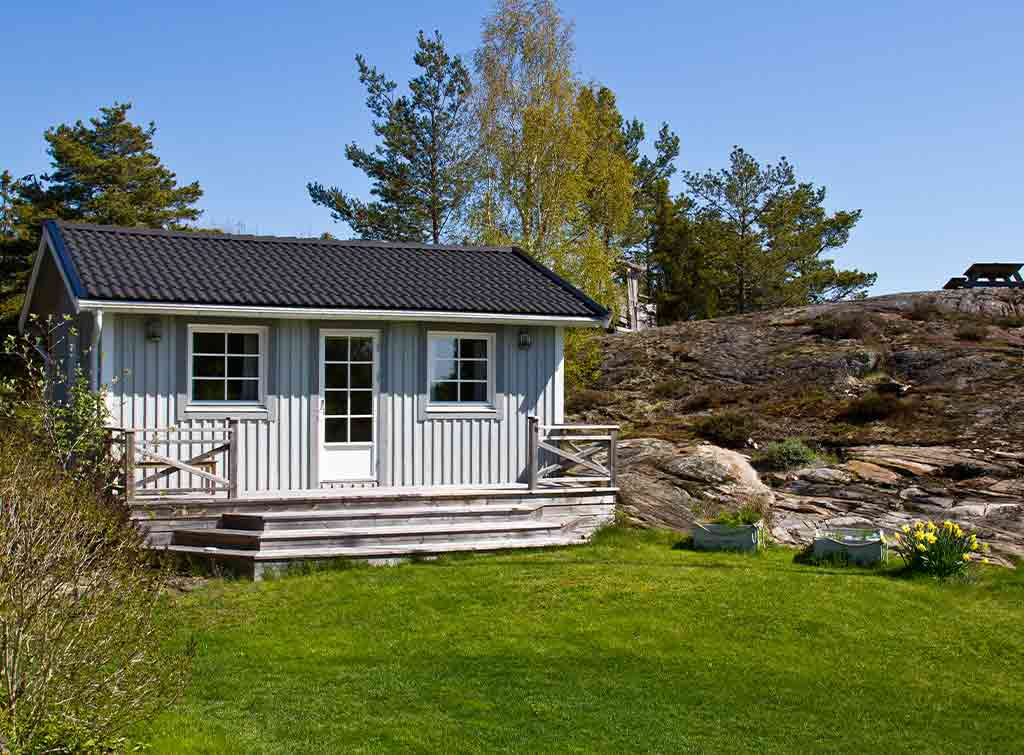 Painted summer house ideas