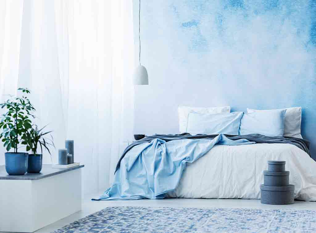 Blue bedroom colour scheme idea