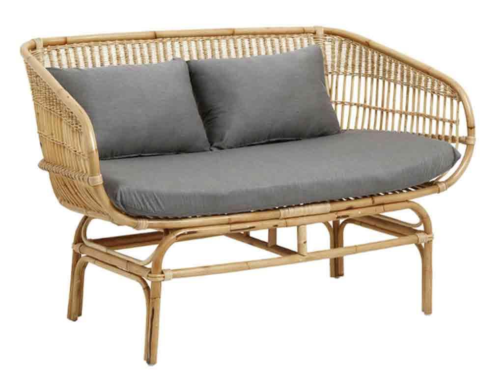 Interior summer house ideas - Rattan sofa