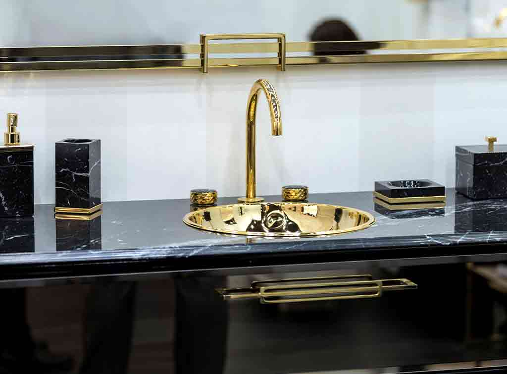 Black and gold bathroom designs